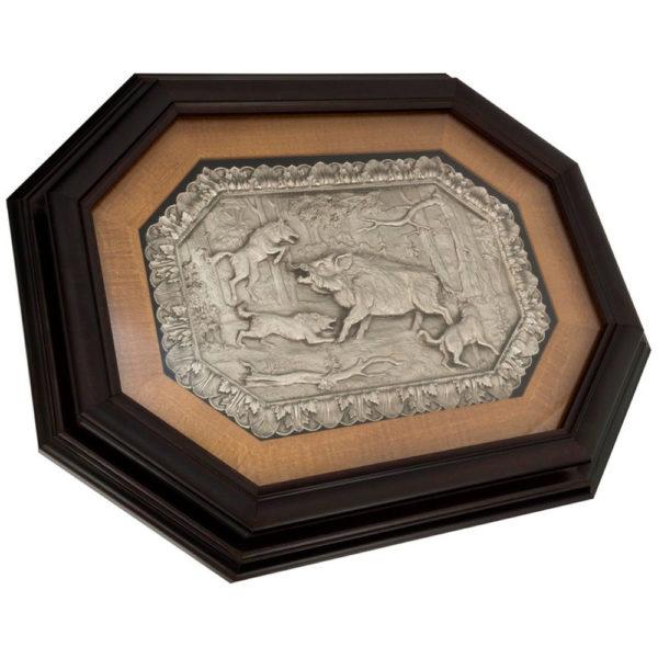 Подарочное настенное панно «Охота на кабана с собаками»