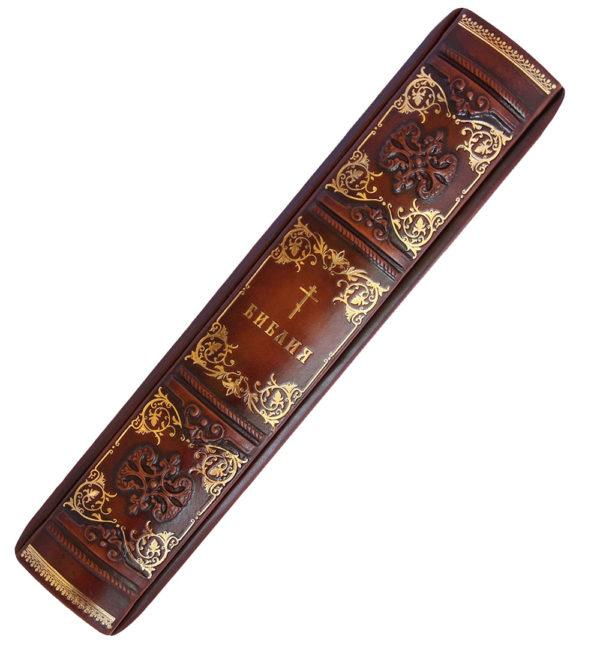 Подарочная книга «Библия: с гравюрами Гюстава Доре» в кожаном переплете