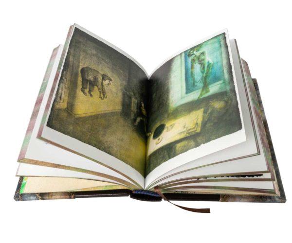 Книга «Булгаков: Мастер и Маргарита» с иллюстрациями