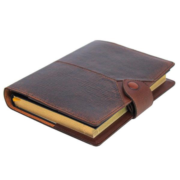 Ежедневник «Бомбёр коричневый» в коже